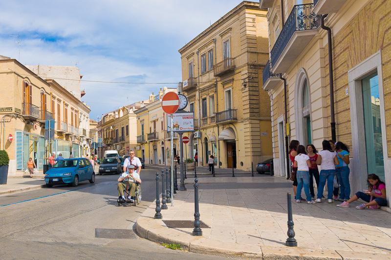 Via Tiberio Solis