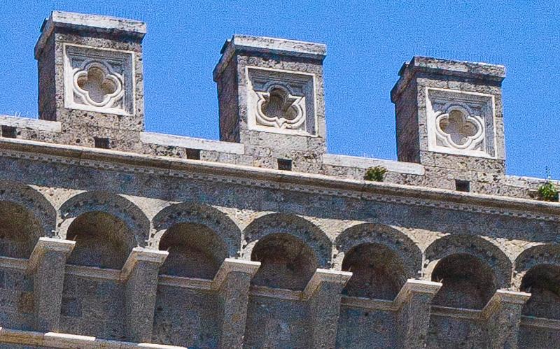 Le merlature di Palazzo Salimbeni