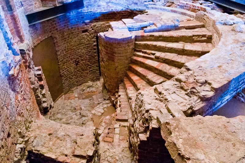 Le fondazioni romane del Palazzo Madama e Casaforte degli Acaja
