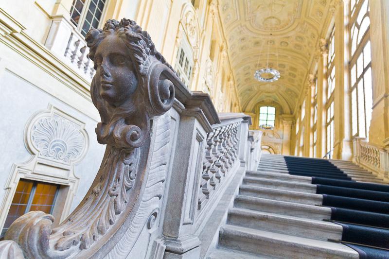 La balaustra dello scalone di Palazzo Madama