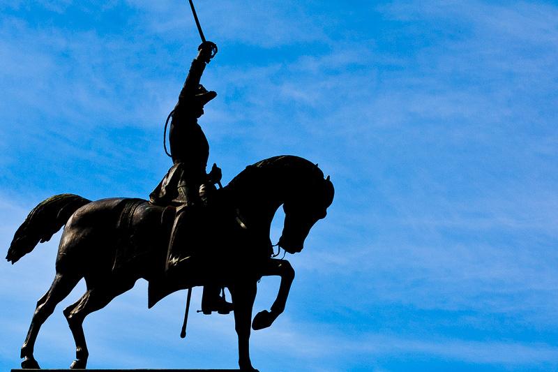 La statua equestre di Carlo Alberto