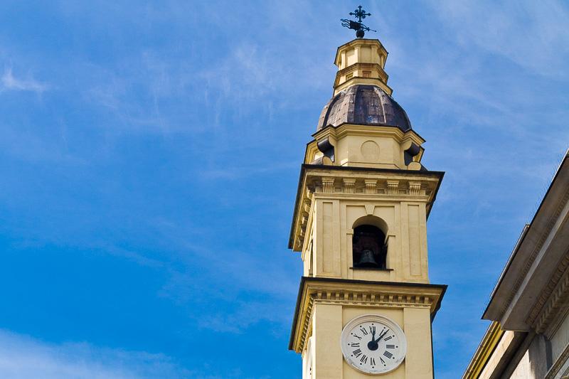 Il campanile della chiesa di San Carlo Borromeo