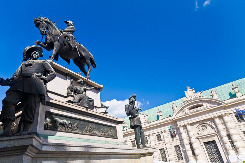 Il monumento equestre a Carlo Alberto