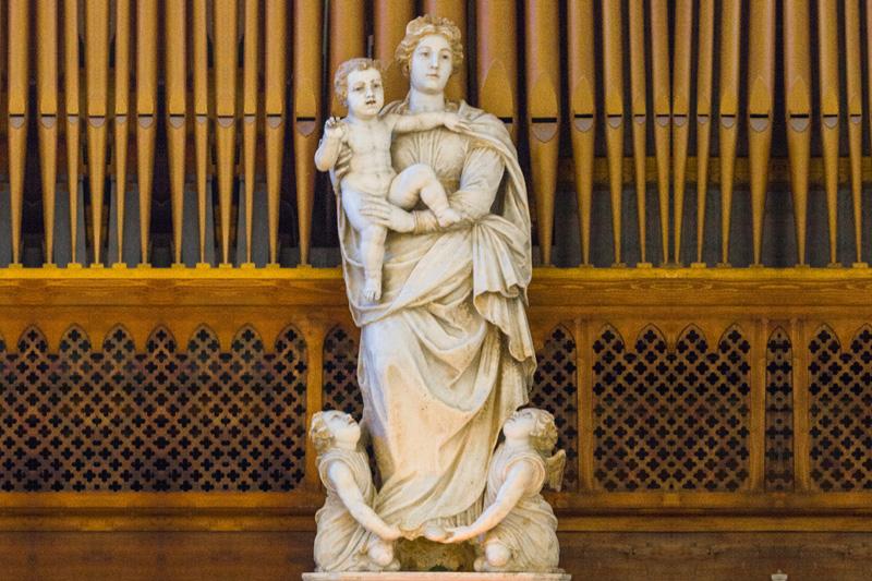 Statua della Madonna del popolo