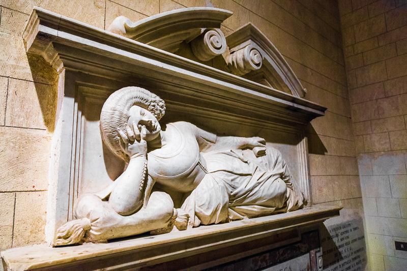 La tomba monumentale a Caterina Galluppi