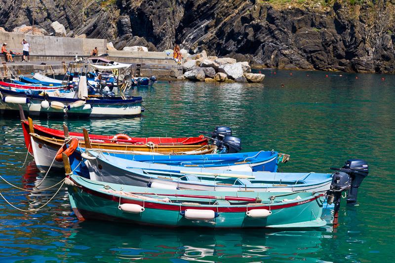 Alcune barche (gozzi) di pescatori ormeggiate