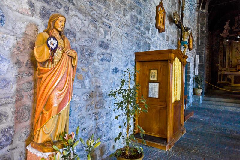 La statua del Sacro Cuore di Gesù