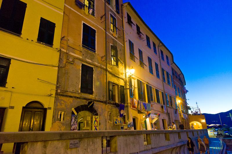 Le case torri di piazza Guglielmo Marconi