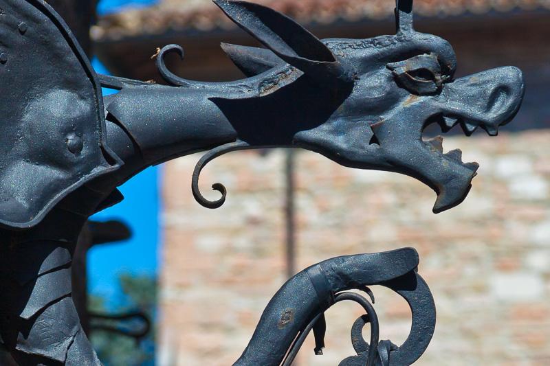 Drago in ferro battuto