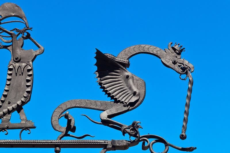 Un drago in ferro battuto
