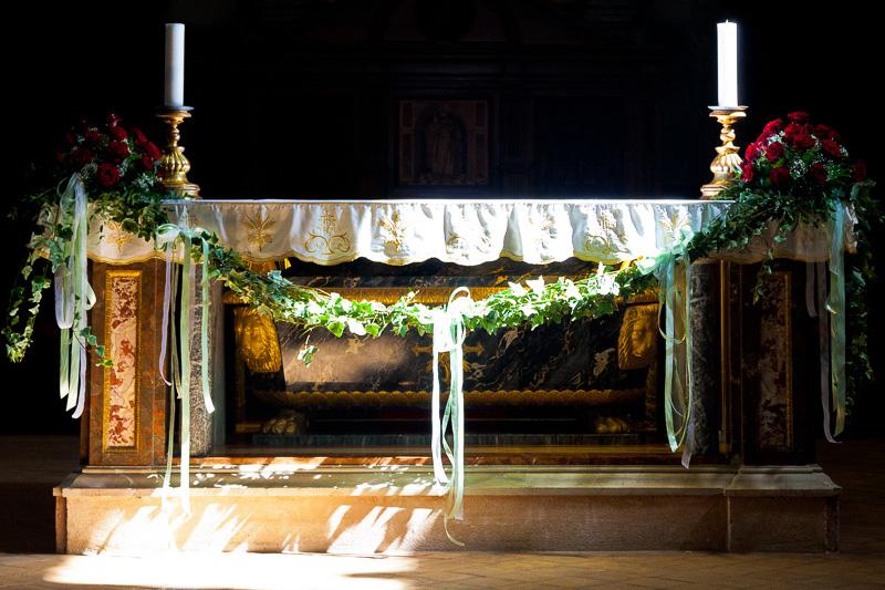 Altare maggiore della chiesa di San Rufino