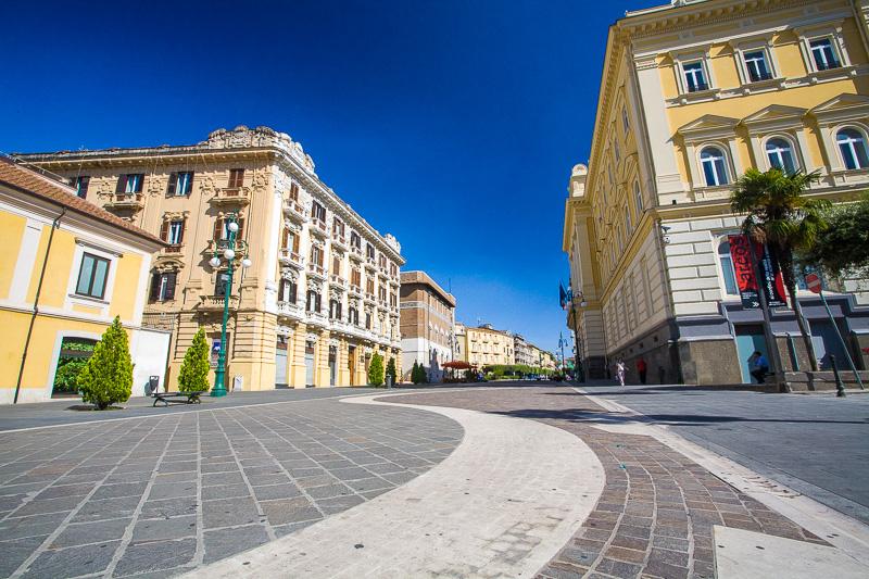 La pavimentazione di piazza Matteotti