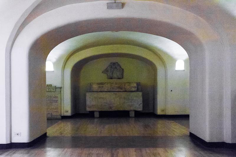 Il sarcofago di papa Pio III