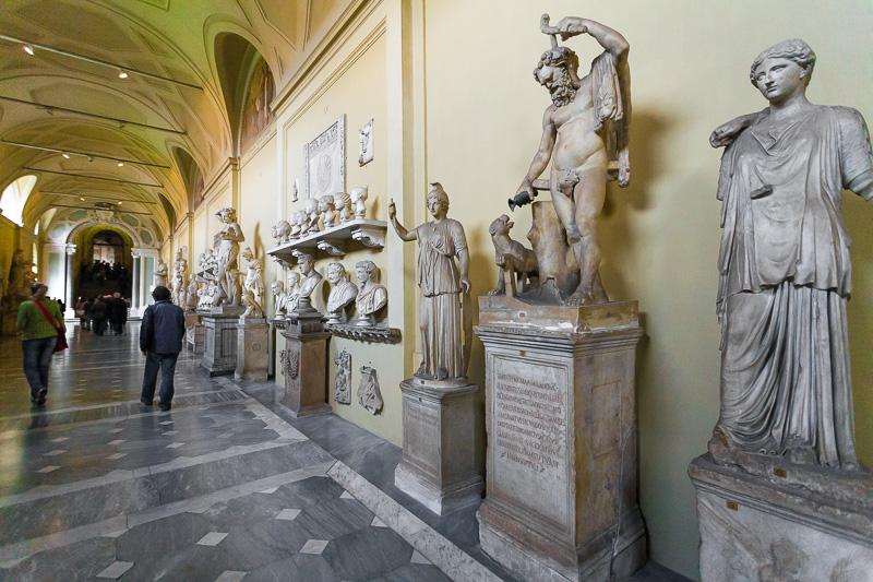 Statue nel museo Chiaramonti nei Musei Vaticani