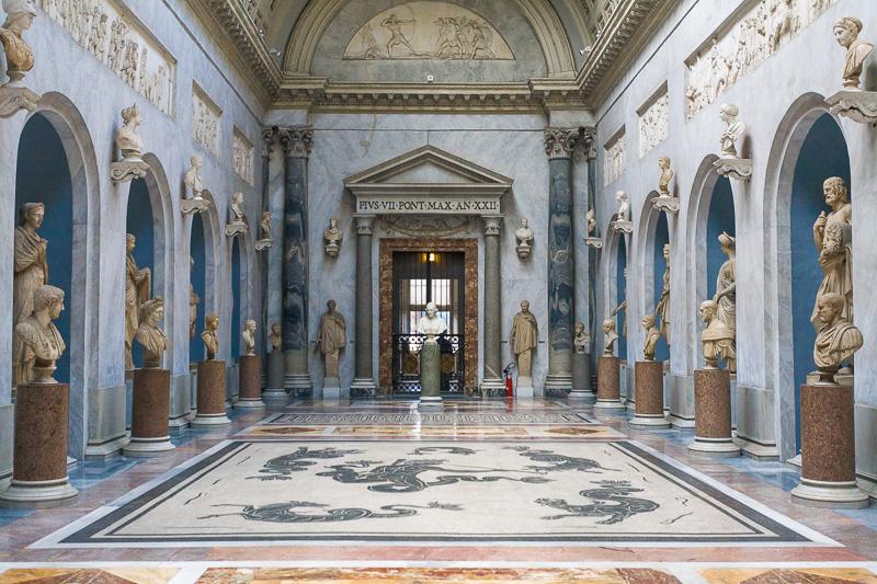 Braccio Nuovo del museo Chiaramonti