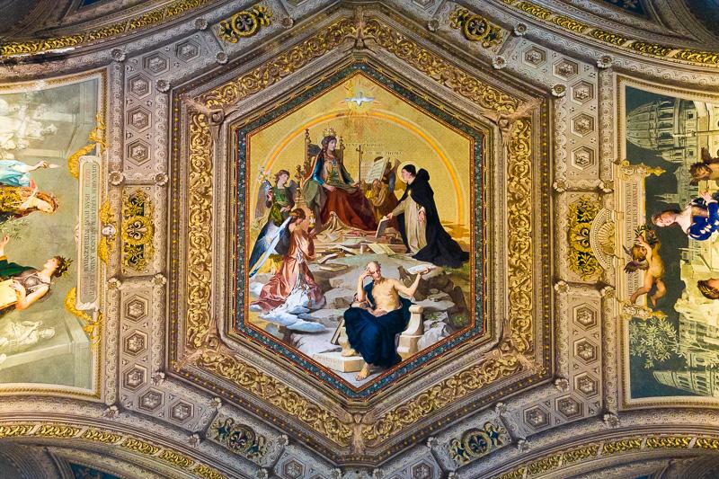 Affresco con San Tommaso d'Aquino e Aristotele nei Musei Vaticani