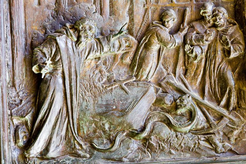 San Benedetto mentre scaccia il demonio