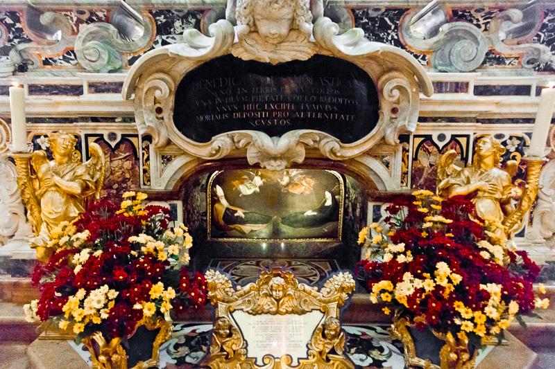 I resti mortali di San Benedetto e sua sorella Santa Scolastica