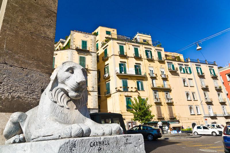Statua di leone