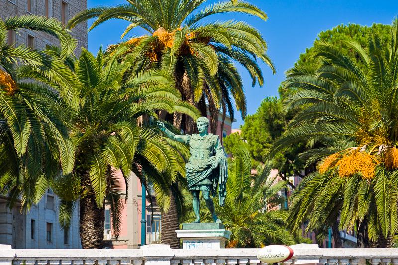 La statua dell'imperatore Cesare Augusto