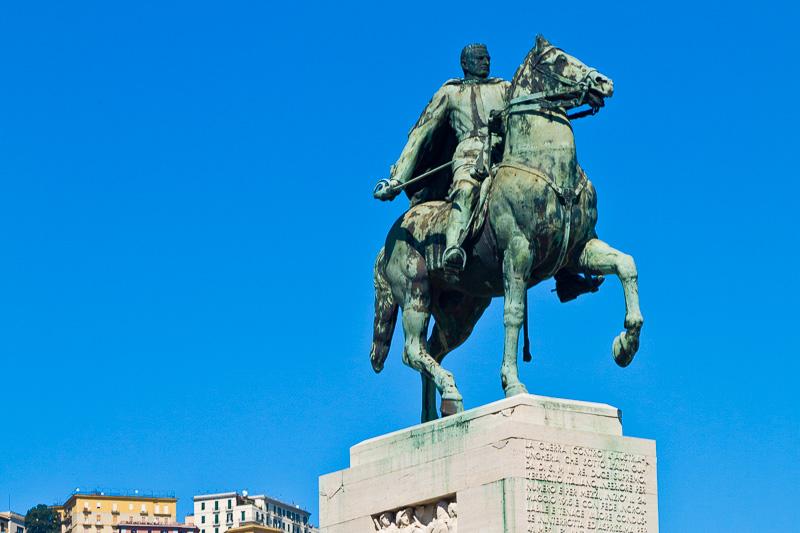 Monumento equestre ad Armando Diaz