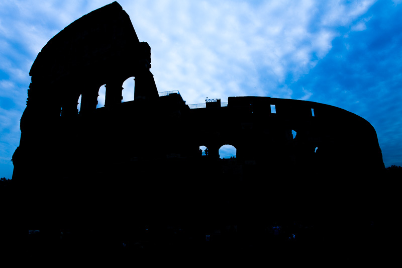 Silhouette del Colosseo