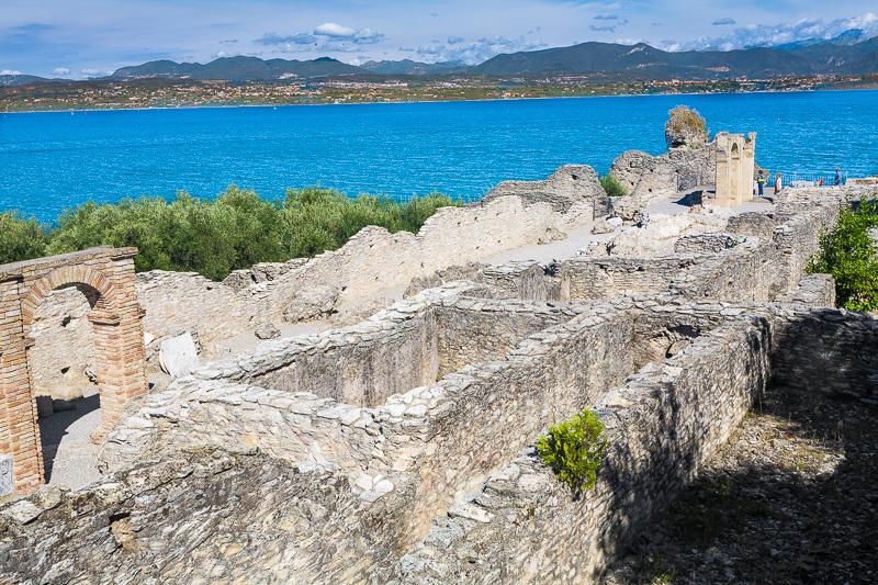 Antica villa romana delle Grotte di Catullo