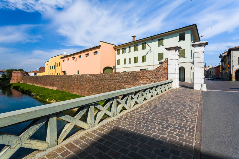 Il ponte in via Giacomo Matteotti
