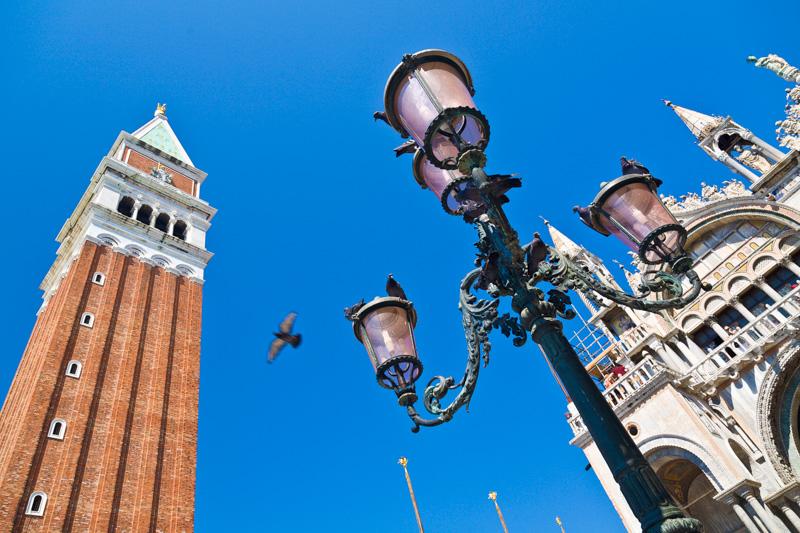 Il campanile e la Basilica di San Marco