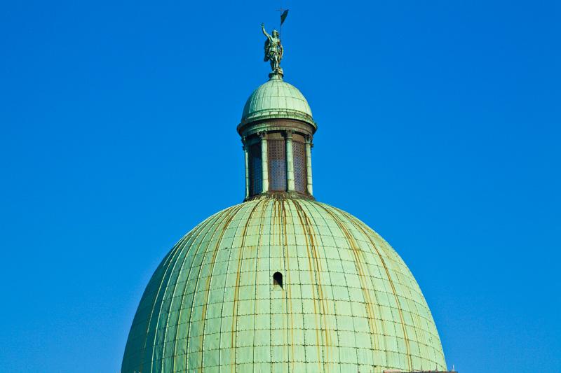 La cupola della chiesa di San Simone Piccolo