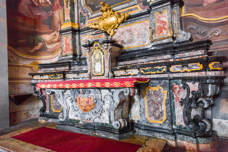 L'altare della cappella di San Giovanni Battista