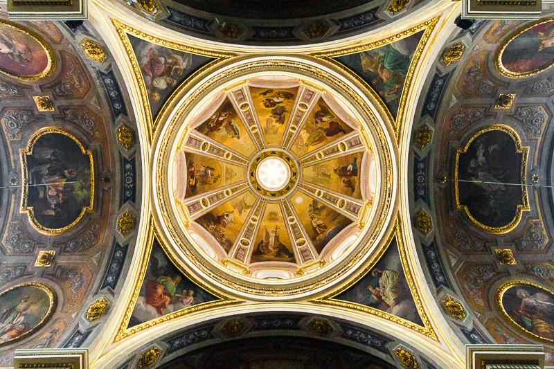 La cupola affrescata del duomo di Sant'Ambrogio